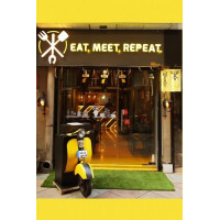 Eat Meet Repeat Cafe