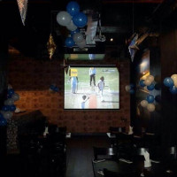 Sportsville Sports Bar & Lounge