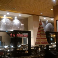 Cafe On 3 (holiday Inn Hotel)