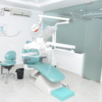 Jehangir oracare Dental Clinic in Fc Road