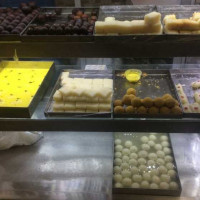 Ganpati Sweets & Restaurants