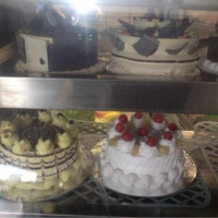 Cake walker bakery