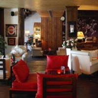 Earth Italian Lounge & Bar